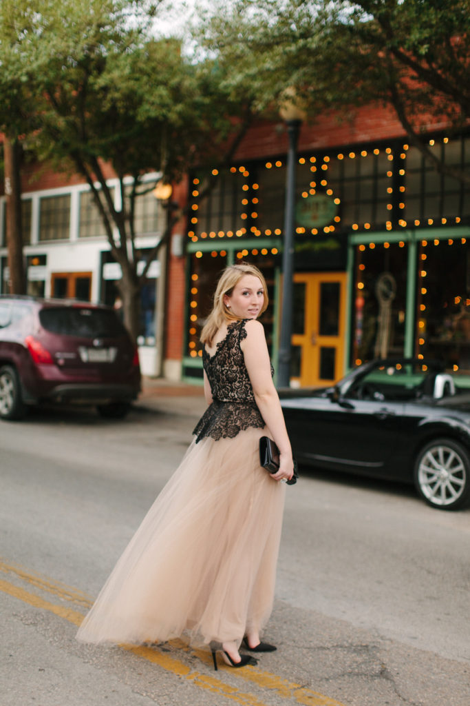 How to Wear a Formal Tulle Ballgown
