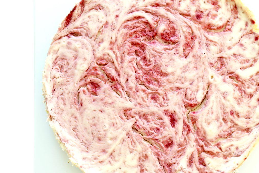 Strawberries and Cream Cheesecake, Dessert Recipe, Brunch cheesecake recipe, pink cake, titular image
