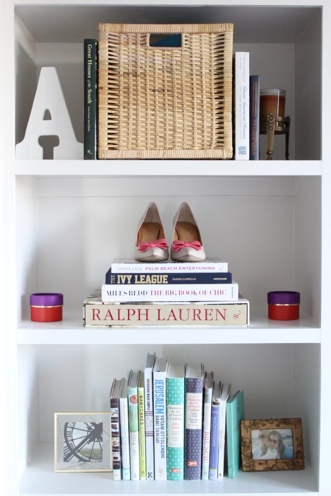 The #PinkChairPalace Living Room Tour, girly living room, preppy living room, apartment living, shelf style