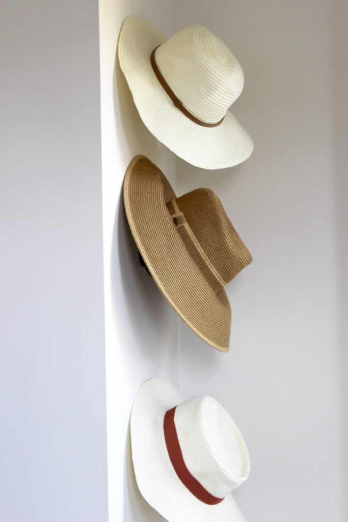 How to store hats