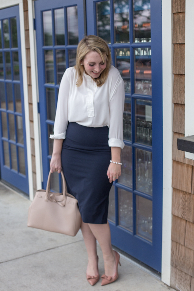 What is business professional attire