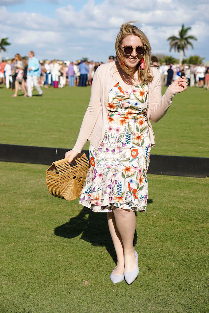 What to wear to a polo tournament, striped shoes with a floral dress