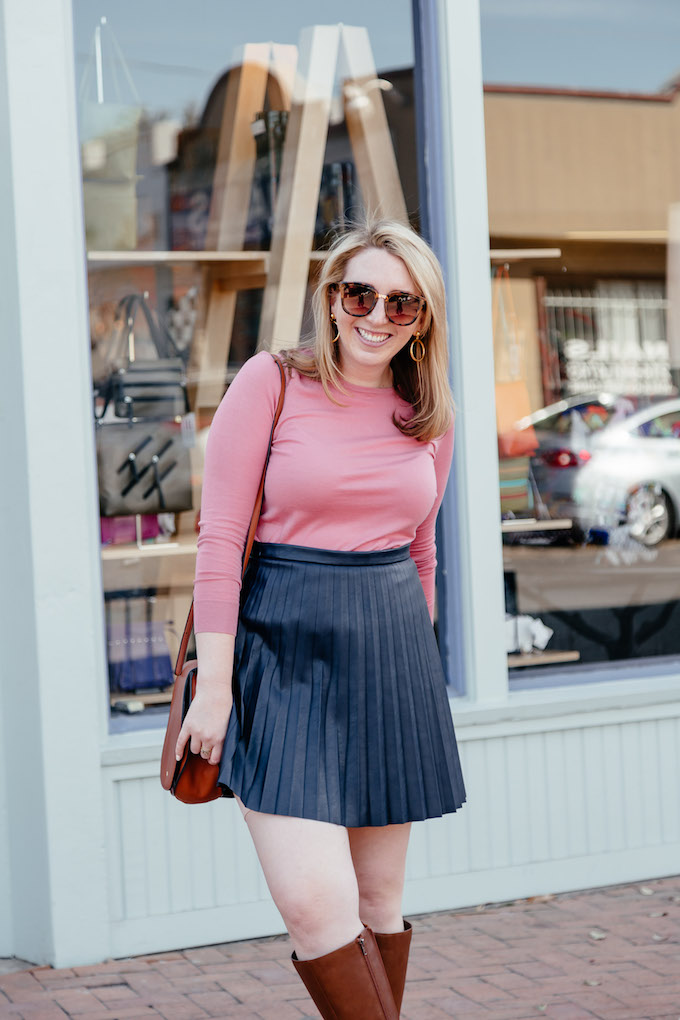 How to Motivate When Working From Home, flattering outfits for hourglass shape, J.Crew leather skirt
