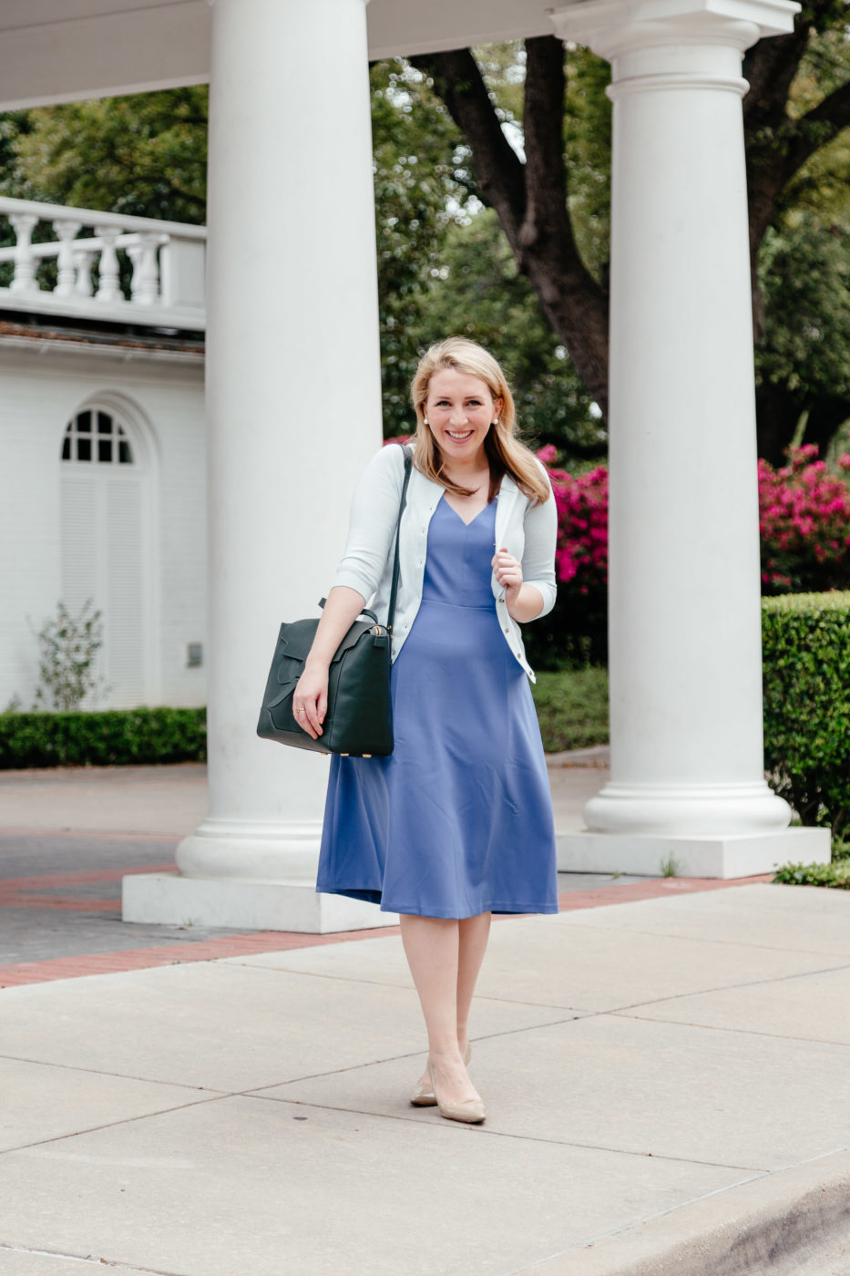 How to Dress for Consulting | How to Dress for Work this Summer | Business Attire Outfit Inspiration via Glitter & Spice