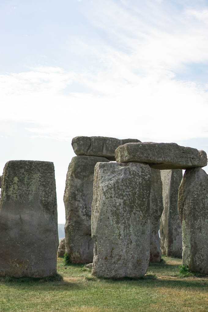 How to See Stonehenge | Best Tours for Seeing Stonehenge | Stonehenge Coach Tours | Go to Stonehenge via Bus Tour | Best Day Trips from London by Bus