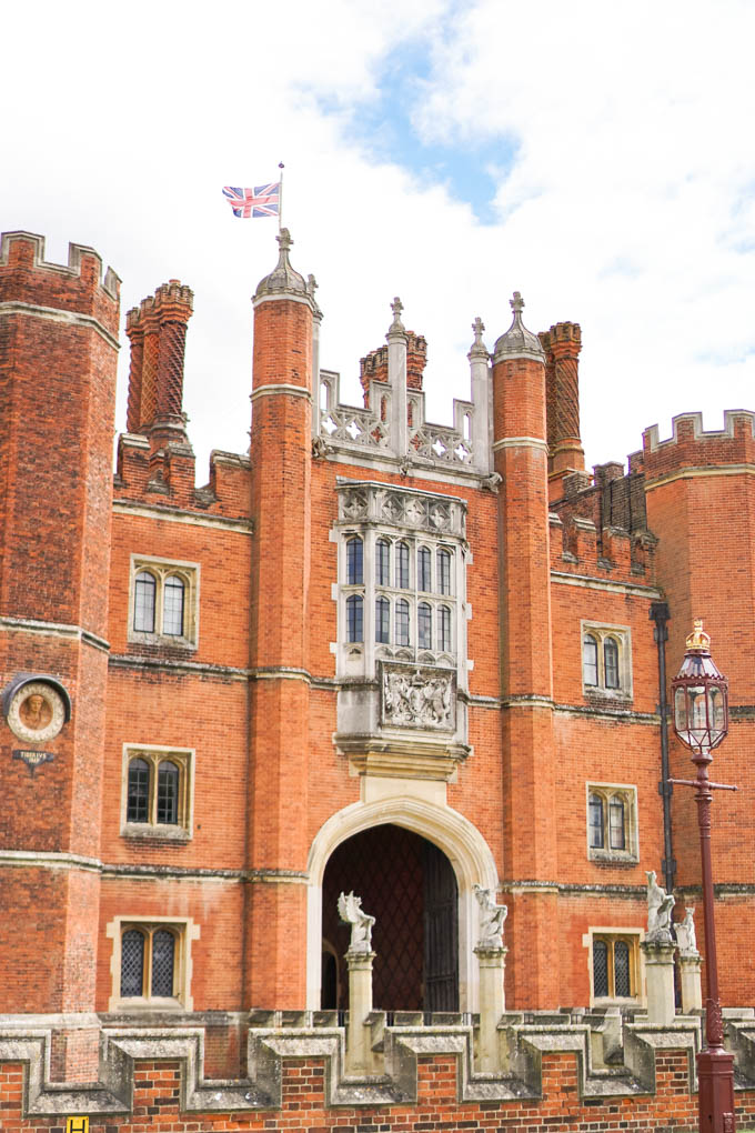 How to Visit Hampton Court Palace | Things to do in Richmond, UK