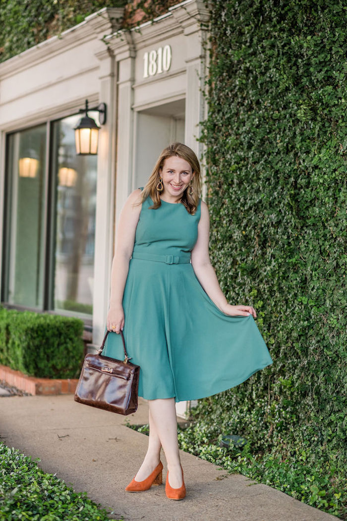 Green Belted Fit and Flare Dress | What to Wear for Thanksgiving Dinner