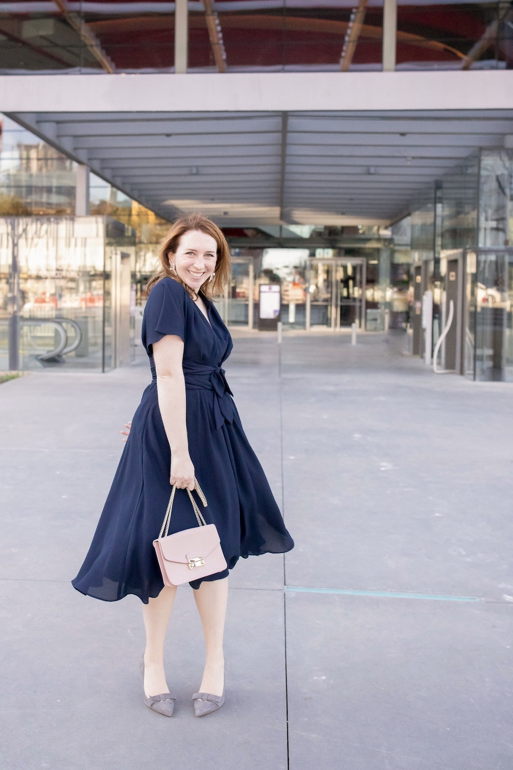 Gal Meets Glam Collection Dress | Navy Cocktail Dress | What to Wear to the Opera | What to Wear to a Wedding | Knee-Length Dress | Midi Dress | Feminine Dress