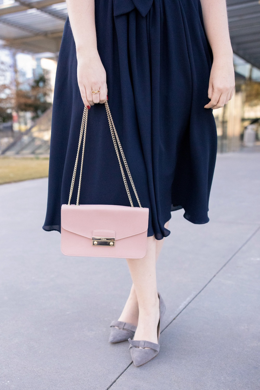 Ann Taylor Pumps | Comfy Heels to Wear to a Party | Best Heels to Wear to Work | Furla Metropolis Bag | Best Heels Under $200