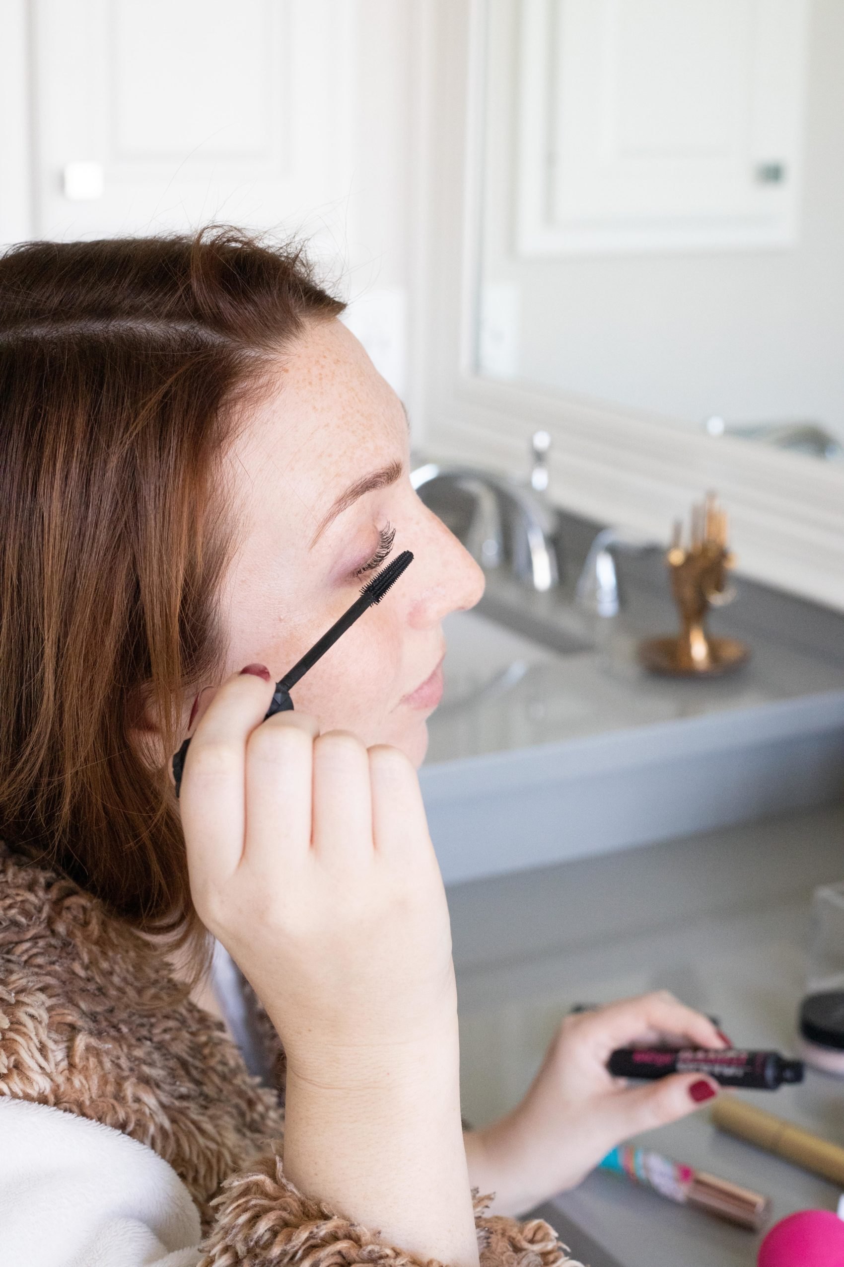 How to Put On Mascara | Natural-Looking Makeup Tutorial #makeuptutorial #eyelashes #mascara