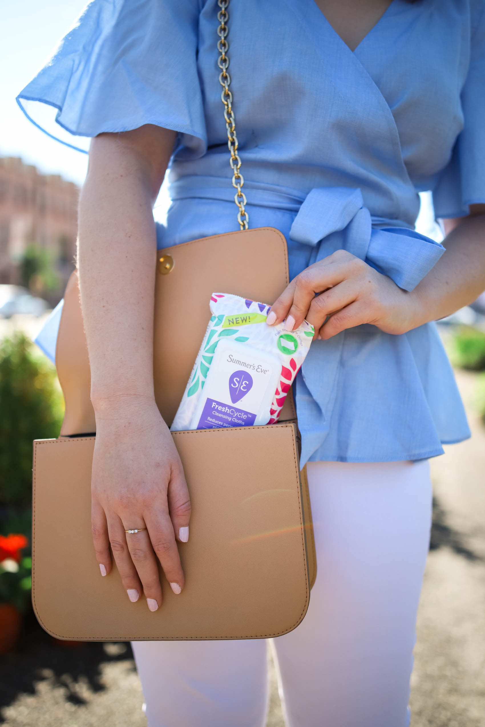 Summer's Eve Cleansing Cloths should be a must-have for any toiletries bag when traveling // via Glitter & Spice