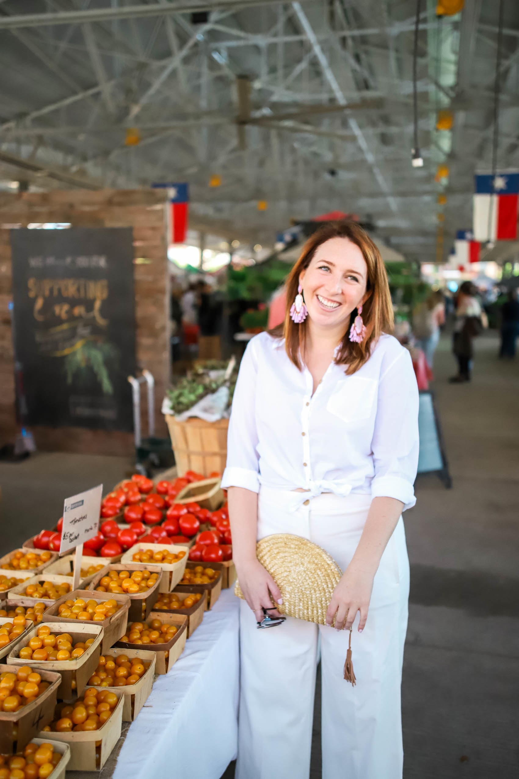 Weekend Things to Do in Dallas - Dallas Farmers Market | What to Wear on the Weekend in Dallas | How to Style Monochromatic Outfit for Summer | How to Wear All White Outfit via Glitter & Spice #fashion #style #dallas