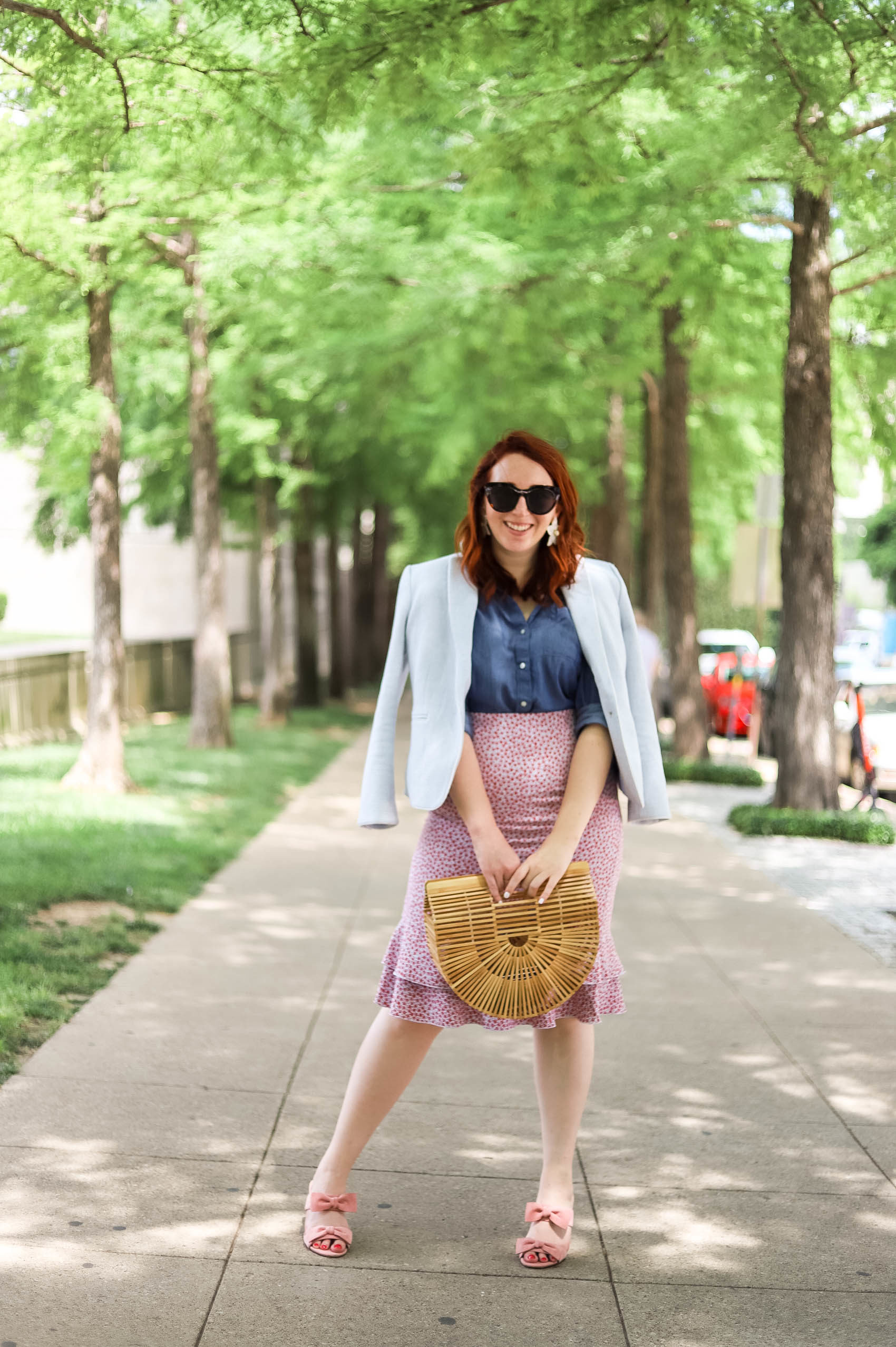 Floral midi skirt for work | Dallas blogger shares how to style a floral midi skirt for work this summer, featuring a chambray shirt. Plus how to keep in touch with long-distance friends if your friend moved abroad! #womensfashion #summerstyle #fourthofjuly #outfitideas #summersales #fourthofjulyoutfits #fashion#style